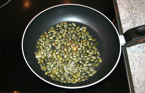 11 - Kürbiskerne rösten / Roast pumpkin seeds