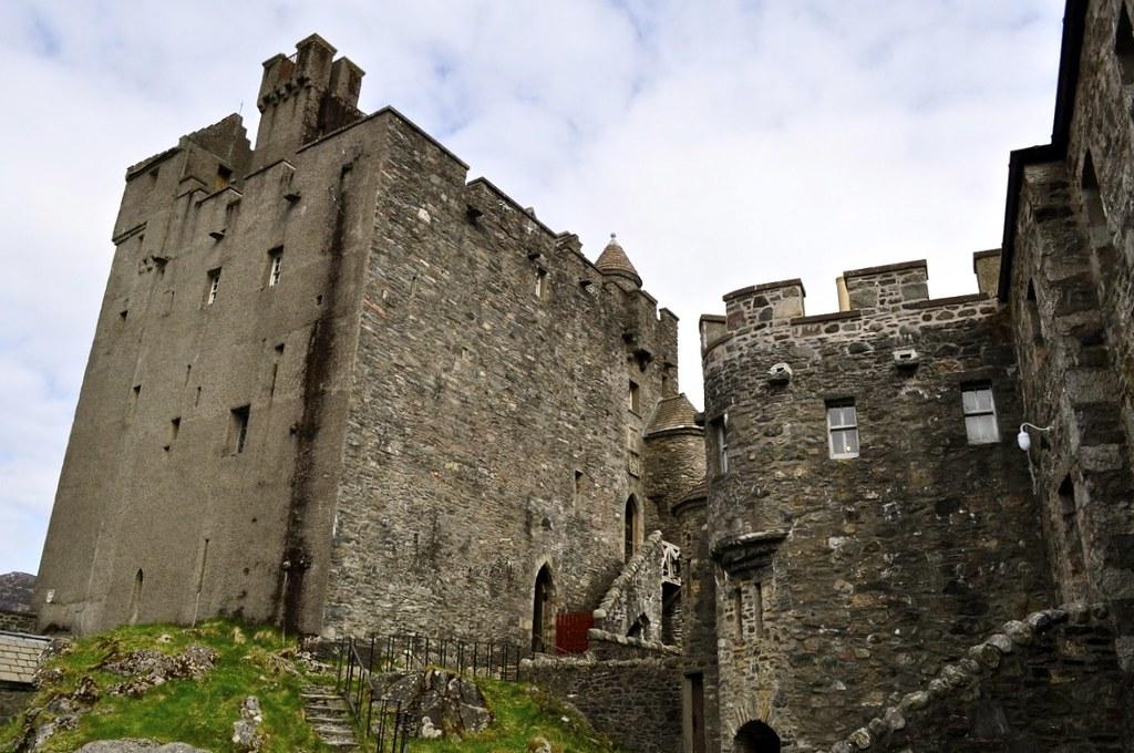 Eilean Donan Castle - 13