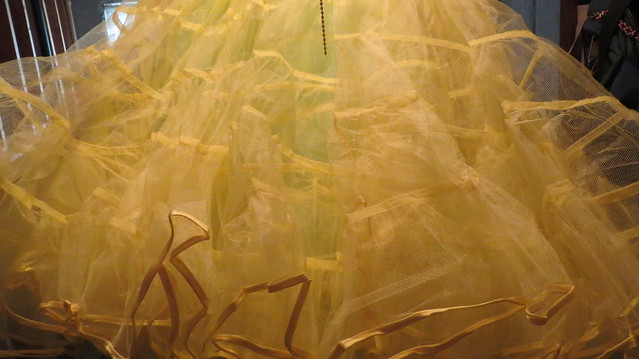 lemon crinoline