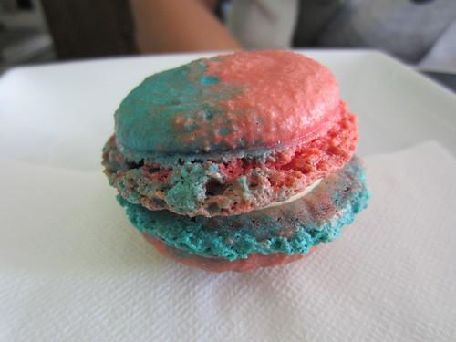 Milkd Bubblegum Macaron