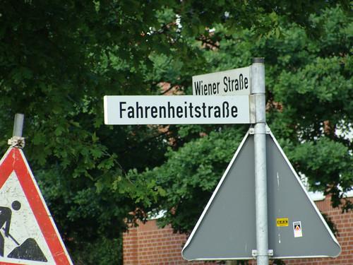 Daniel Fahrenheit photo