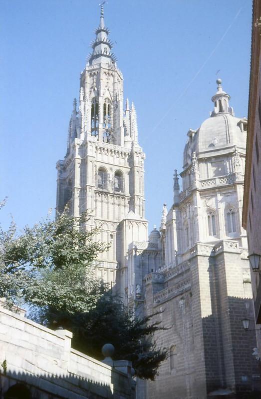 Toledo en noviembre de 1961 fotografiado por Piet Welling y Lieke Welling. Catedral.