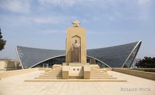 Baku - Martyr Monument