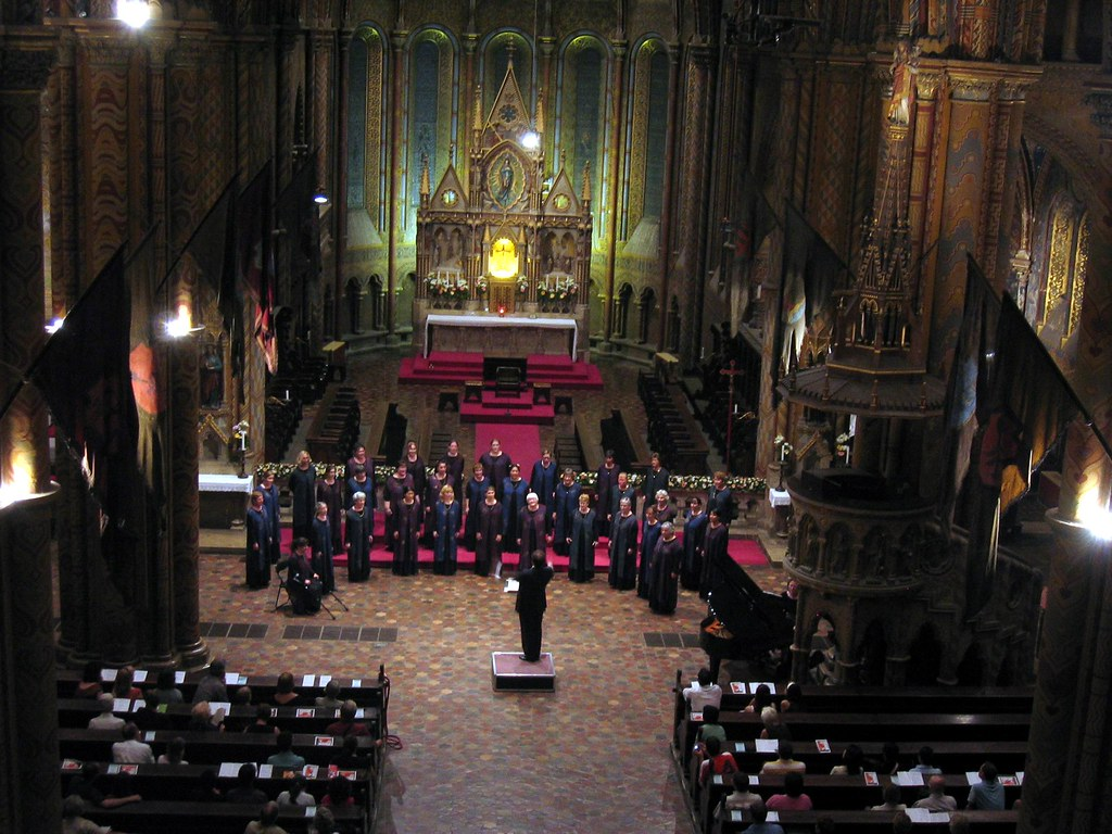 Peninsula Women's Chorus at Mathias Church in Budapest, Hungary