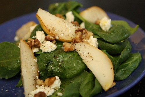Spinach Salad with Pears, Feta, and Walnuts