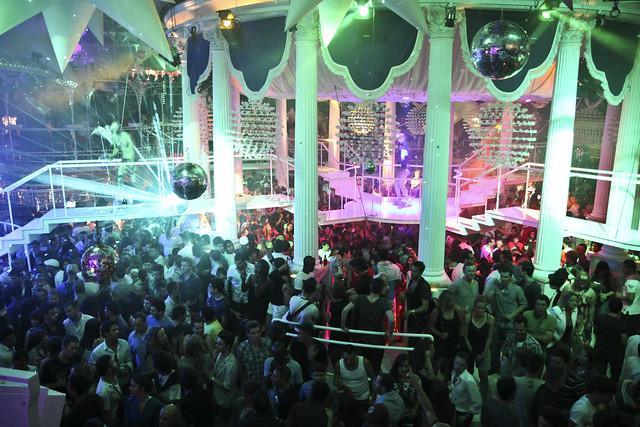 Es Paradis, Ibiza club