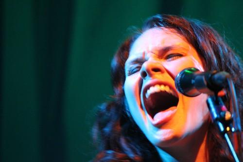 Suzanne Santo closeup howl