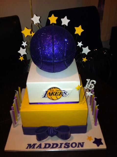 La Lakers Cake Maddison S 16th Birthday Cake Explore