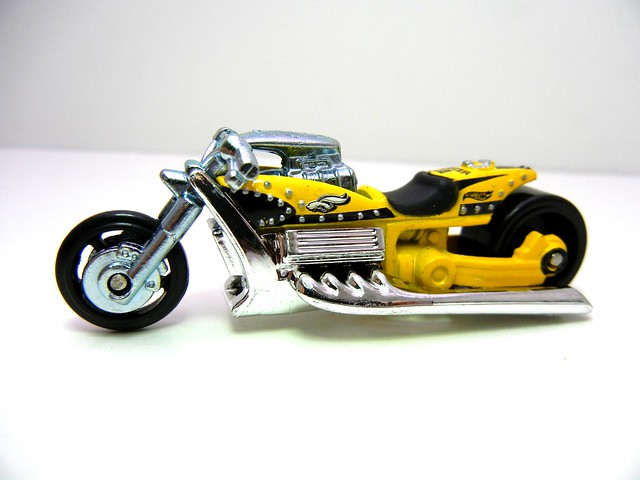 hot wheels easter airy 8 (2)