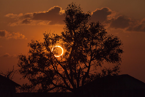 sunset sun moon eclipse tx astronomy nm solareclipse annulareclipse ringoffire lubbocklunacy