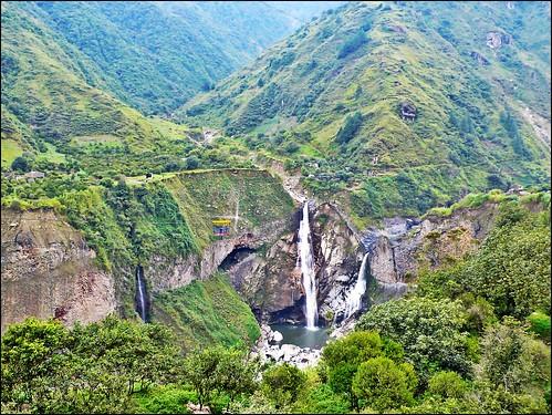 Tarabita en el manto de la novia ( De turismo por Ecuador ) by asturconmar( Marcos)