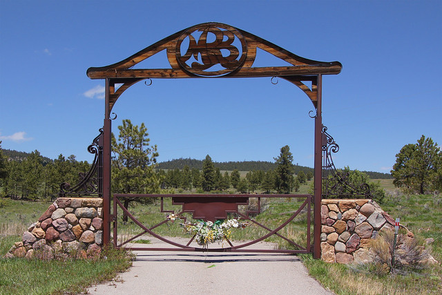 hillarch furthermore 7277266774 as well Stonewall  texas in addition Ow504h additionally Ranch Gate Design. on ranch with stone