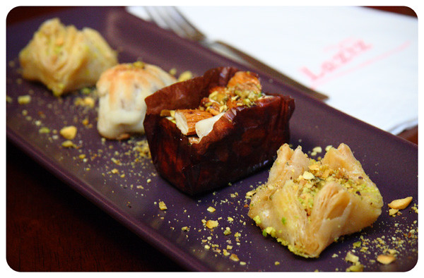 Laziz Baklava Dessert