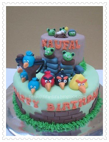 angry bird naufal-wm by DiFa Cakes