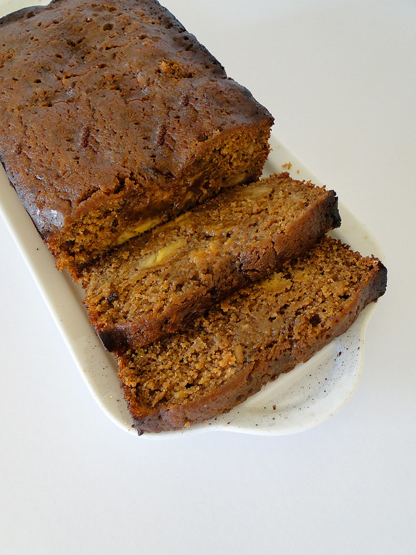 banana molasses cake