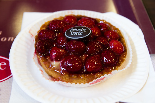 Raspberry Tart at Brioche Doree