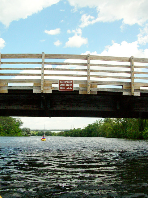 canoe livery