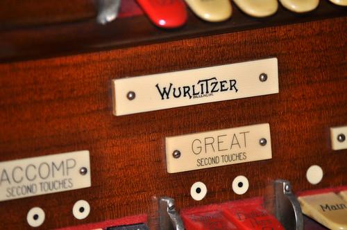 Aragon Wurlitzer 9