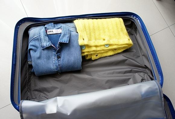 新秀麗行李箱19