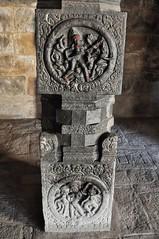 Darasuram (India). Templo Airavateshvara. Detalle de pilar