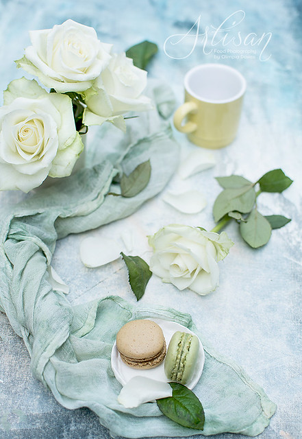 macaroons and roses