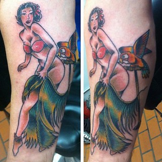 #pinup #tattoo by @ponnyc #colortattoo #bronx #nyc #customtattoo #tattooseen