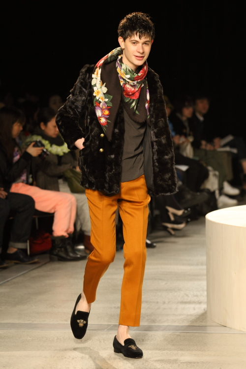 FW12 Tokyo beautiful people001_Jono McNamara(Fashion Press)