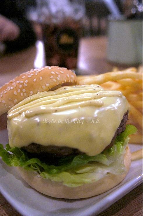 Cheeseburger RM15