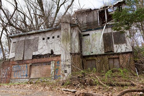 usa house abandoned newjersey unitedstates urbanexploration boathouse hawthorne urbex