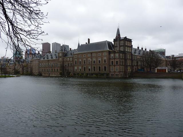 Den Haag (327)