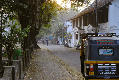 street old morning sun india yellow sunrise kerala tuktuk rickshaw cochi cochin kochi kochin fortkochi