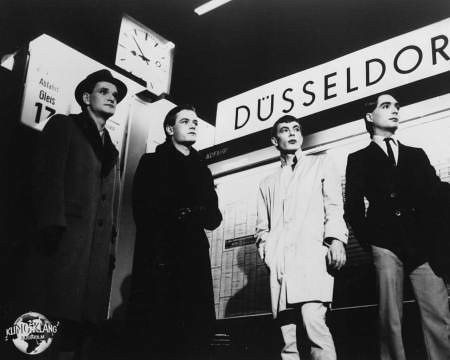 Kraftwerk at Düsseldorf station