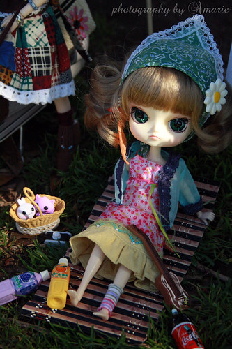 Hippie Dolly Meeting