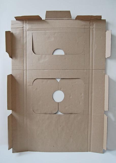 Cardboard house_04