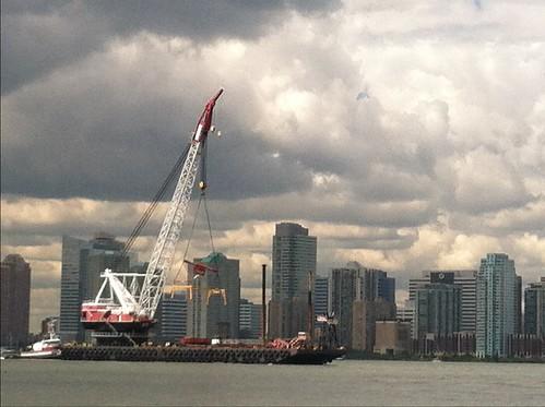honkin' big crane