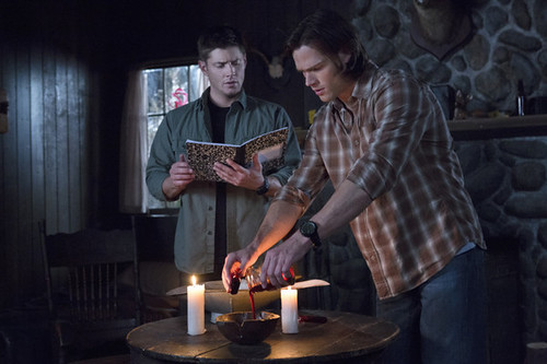 "Recap/review of Supernatural 7x23 ""Survival of the Fittest"" by freshfromthe.com"