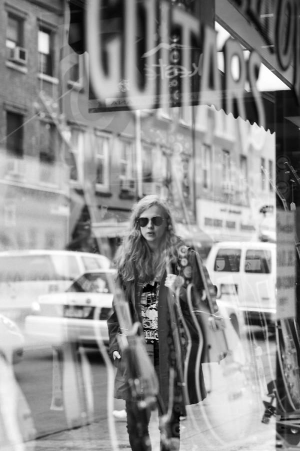 a NY - Burberry presents Marika Hackman in New York