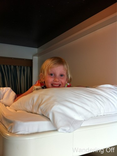 Bunk bed. Disney Dream cruise.