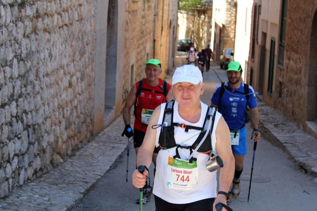 Llorenç Oliver, Jaume Oliver i                            Antoni J. Bernat - Ultra Trail 2012                            21-04-2012.