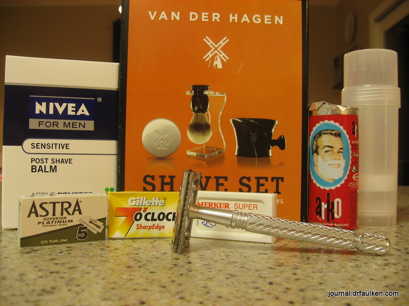 Double Edge Safety Razor Starter Set Giveaway Contest