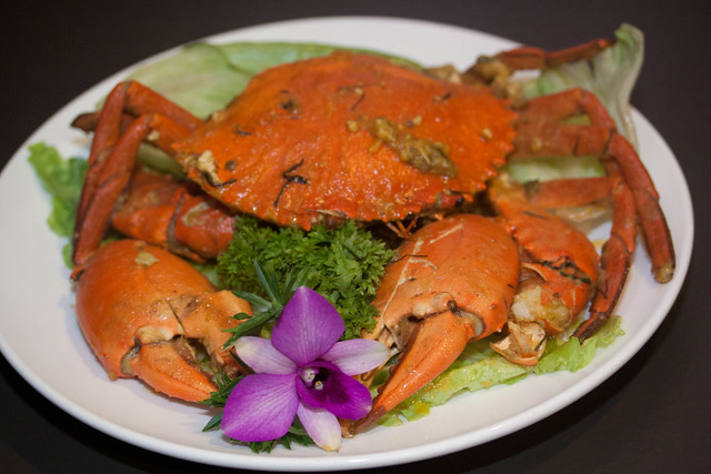 Butter Baked Salted Egg Sri Lanka Crabs (Seasonal Price)