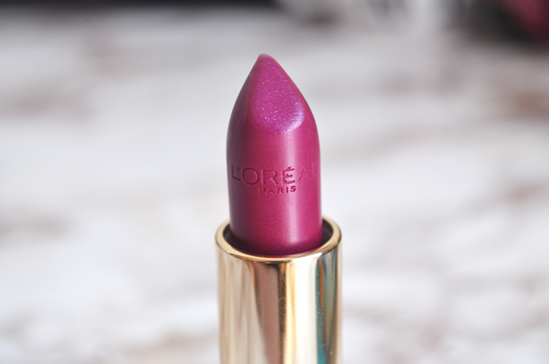 loreal colour riche lipstick electric fuchsia swatch 6