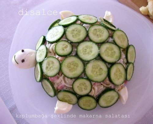 kaplumbağa şeklinde makarna salata