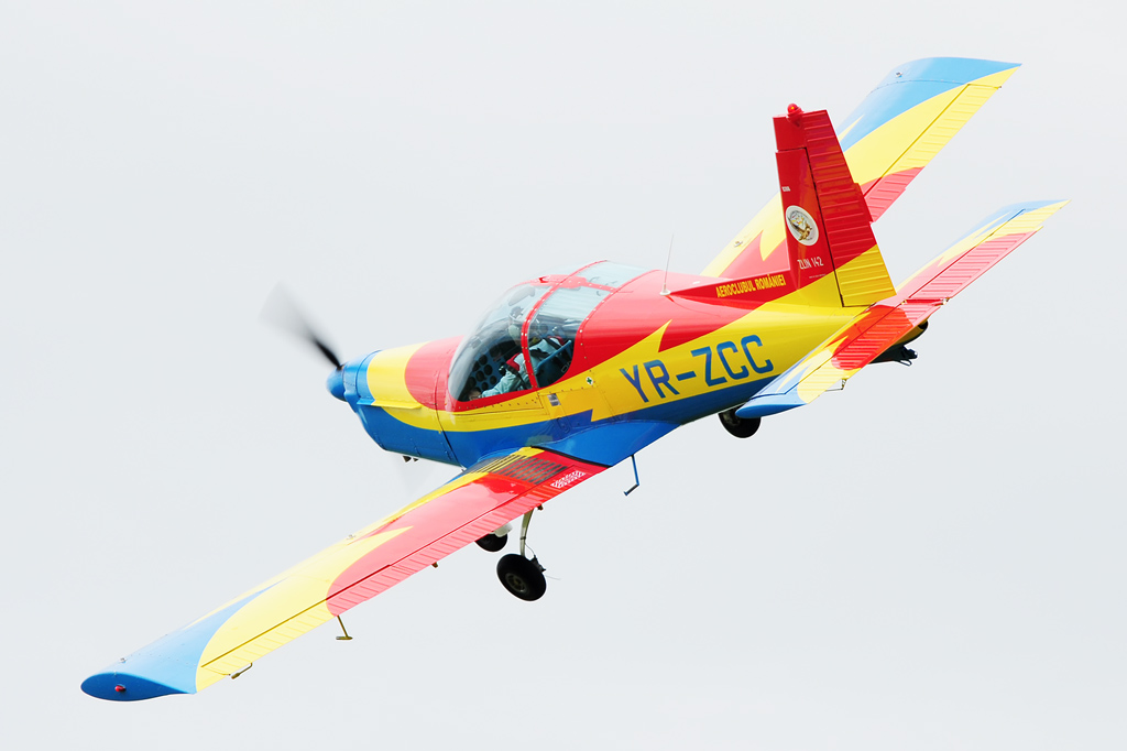 CLINCENI AIR SHOW 2012 - POZE 7335009016_5ff9c5cc50_o