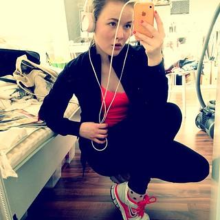 #running #nike #jogging #didntwalkatall #walkman #gymgurl #runningswag