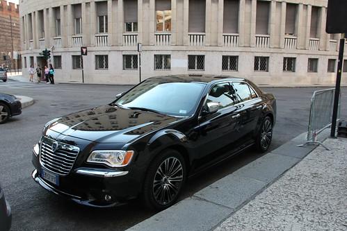 Regione, esulta il M5S: approvata norma taglia auto blu$