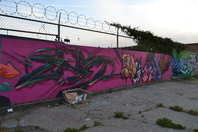 13638505505 dbc5ce83cf for 18th street gang mural