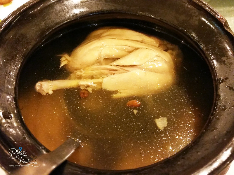 kajang old man restaurant signature chicken soup