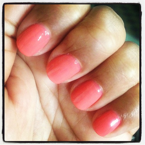 "I'm in a spring coral mood. ""tropical temptation"" by Loreal #beauty"