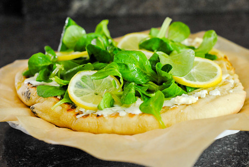 grilled white pizza with garlic and lemon